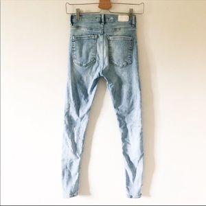 Zara Jeans - Zara mid rise light wash skinny jean 426